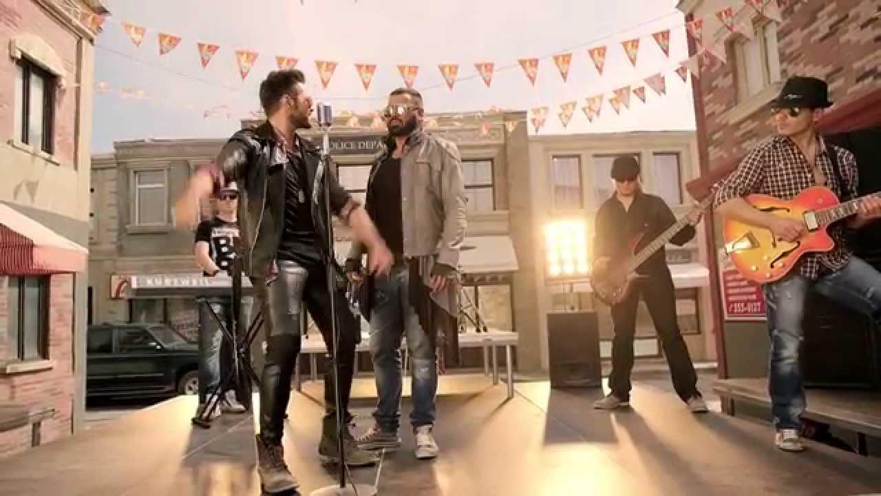 """Estar Loco"" – Τσαλίκης και Azis στο νέο τους ξεσηκωτικό βίντεο κλιπ!"