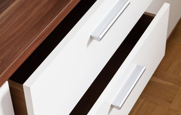 chest-of-drawers-thinkstock