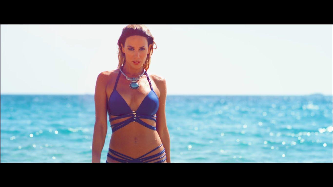 Κολάζει στο νέο της βίντεοκλιπ η Στικούδη- Δείτε ολόκληρο το βίντεο