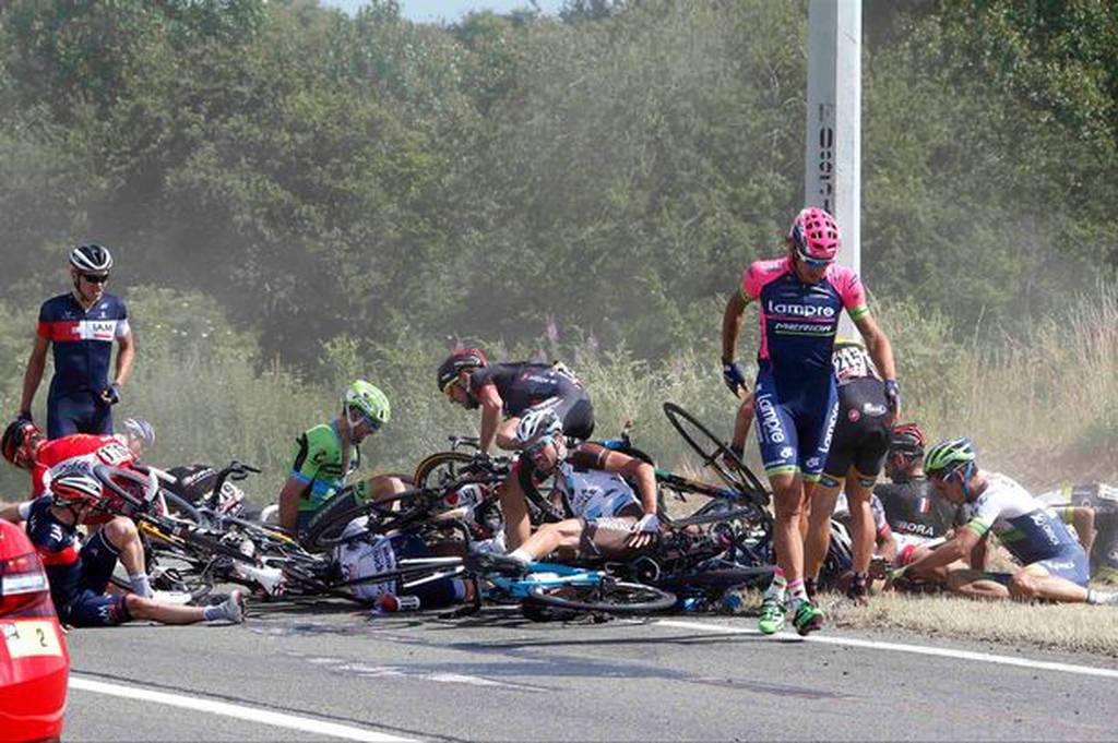 Tour-de-France-crash-3