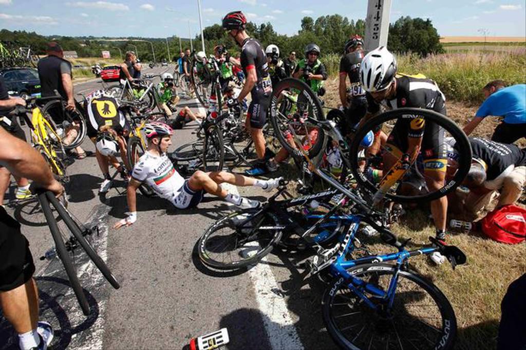 Tour-de-France-crash-4