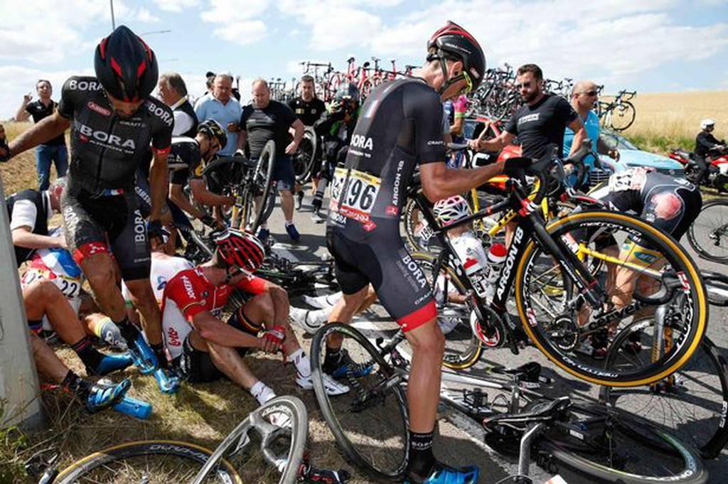 Tour-de-France-crash-5