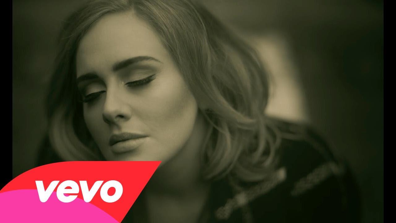 Η μεγάλη επιστροφή της Adele Έχει τρελάνει το youtube: Ακούστε το «Hello»