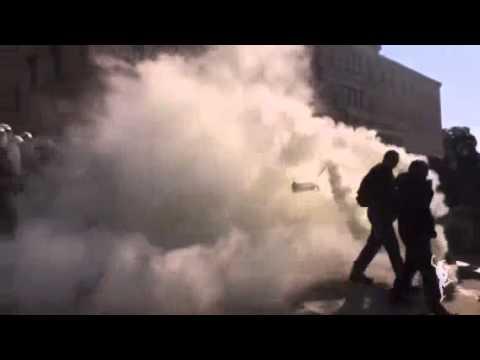 ΕΚΤΑΚΤΟ: Επεισόδια στο κέντρο της Αθήνας στο παναγροτικό συλλαλητήριο και ρίψη χημικών
