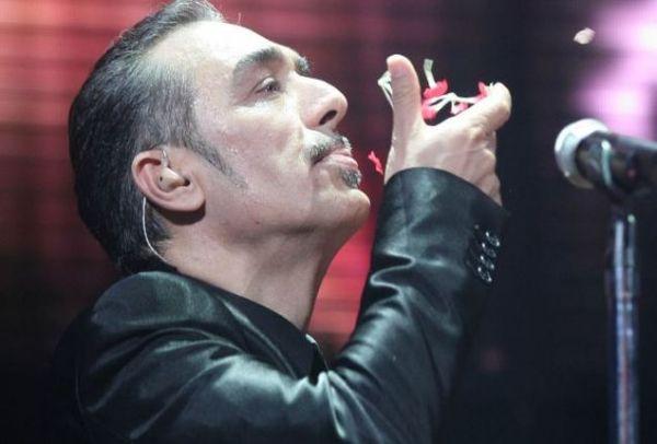 Η Αστυνομία συνέλαβε τον τραγουδιστήΝότη Σφακιανάκηστην περιοχή της Αργυρούπολης.