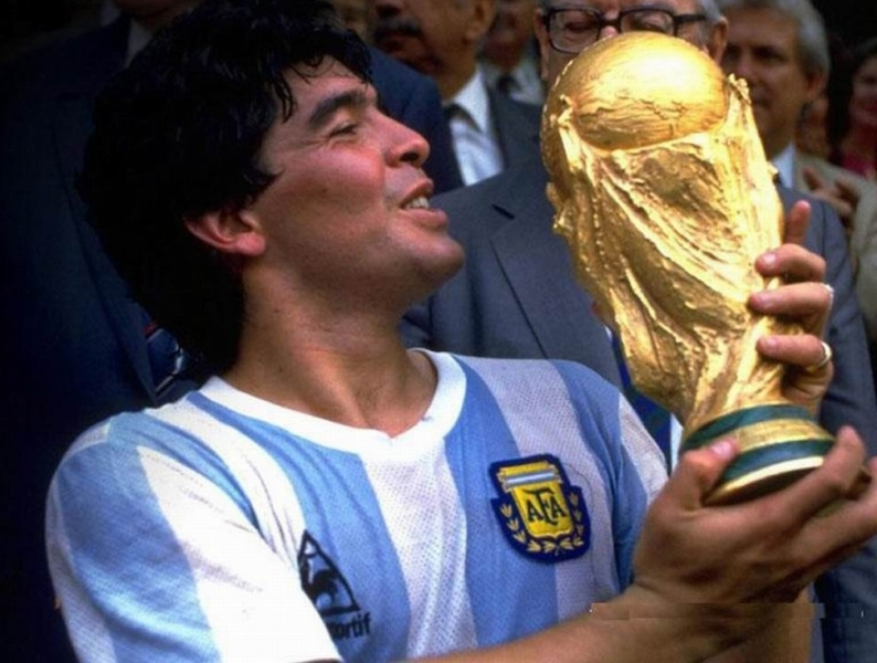maradona-argentinas-head-coach