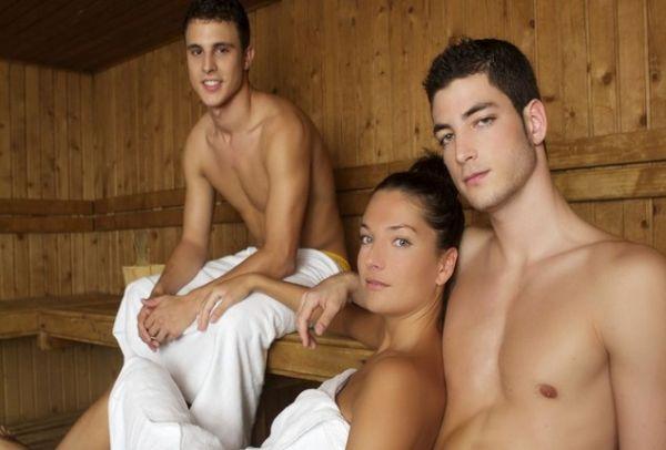 Секс у русских в бане группа — img 7