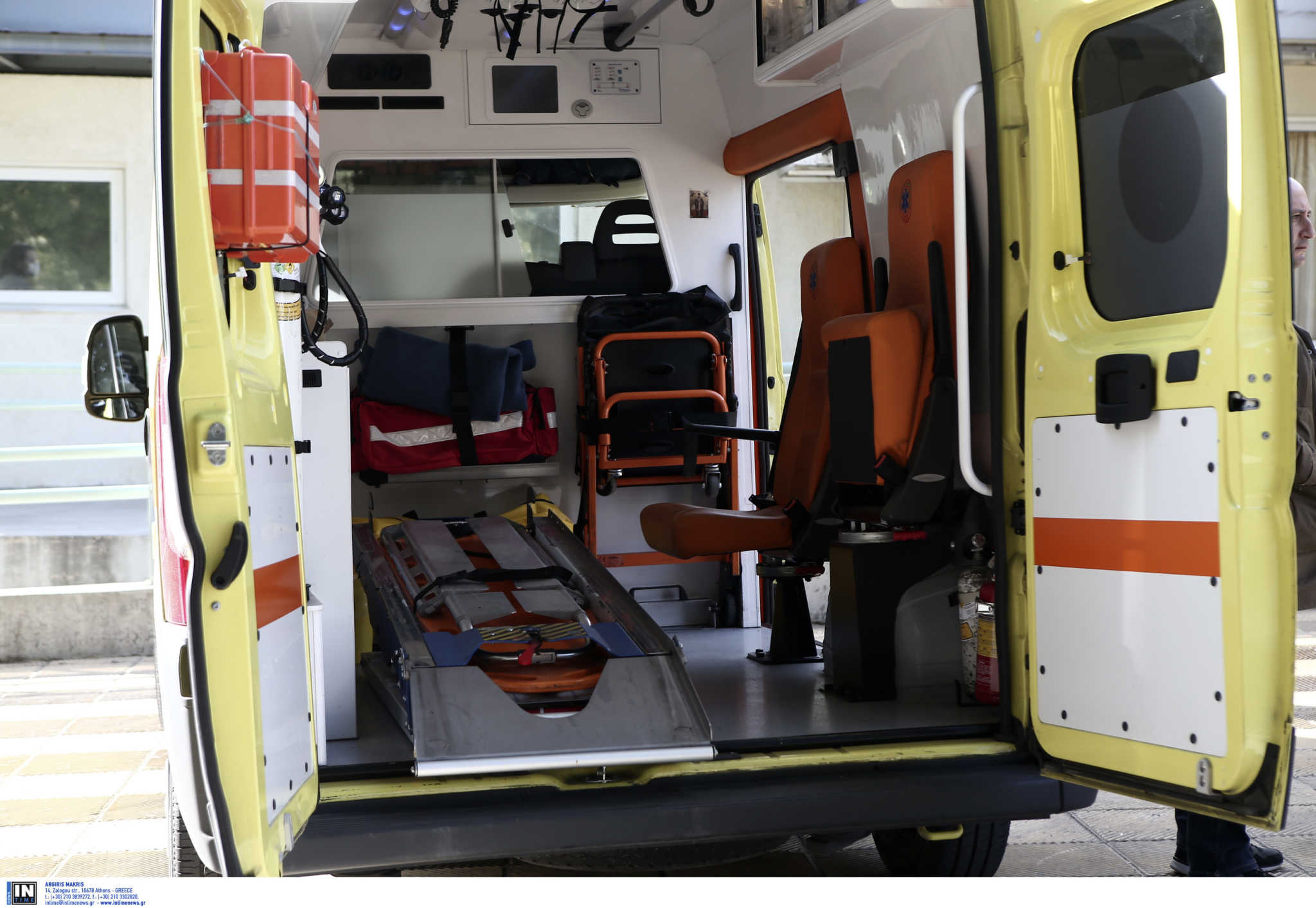 """Εργαζόμενος στην Κρήτη τραυματίστηκε σε αρτοπαρασκευαστήριο  όταν """"Πιάστηκε"""" το χέρι του σε μηχάνημα"""