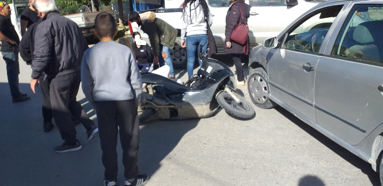 Τροχαίο ατύχημα με ντελιβερά στις Μοίρες