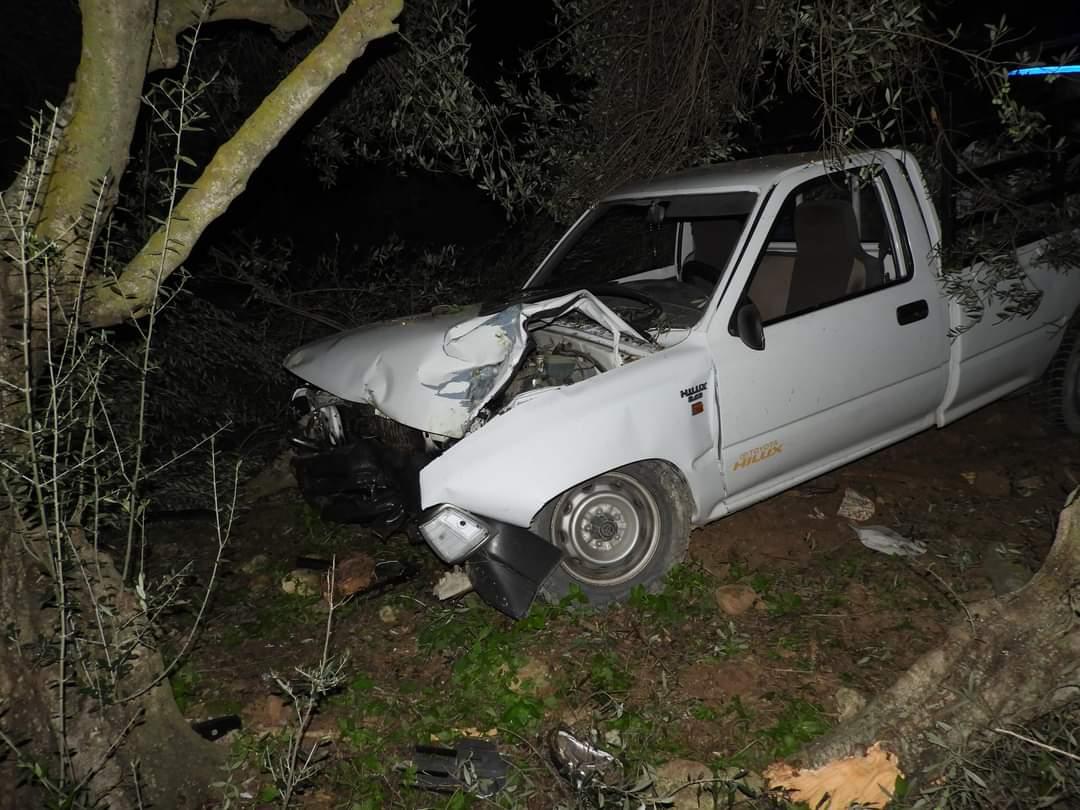 «Τρελή» πορεία του αγροτικού έξω από το Καστέλι προκάλεσε τροχαίο